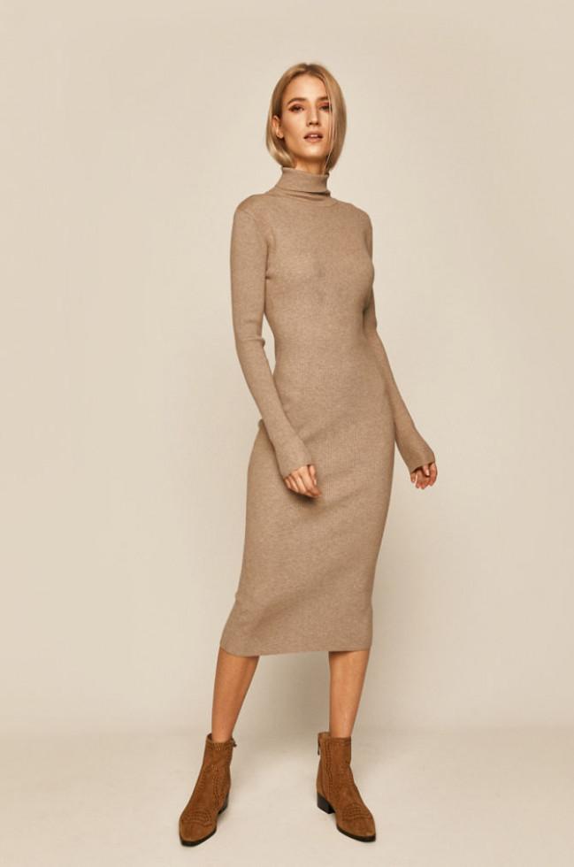 К холодам готовы: 7 стильных платьев, в которых не замерзнешь-Фото 8