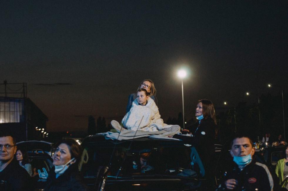 Гурт БЕZ ОБМЕЖЕНЬ відіграв автомобільний концерт на території аеропорту Бориспіль!-Фото 2
