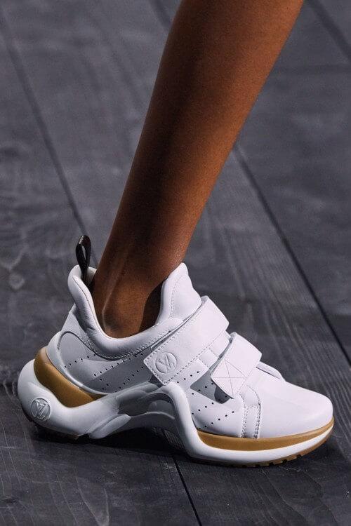 Легкий шаг: 9 самых модных моделей кроссовок 2020 года-Фото 5