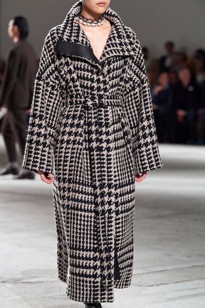 Сезон маскировки: 10 актуальных моделей пальто на осень-зиму 2020-Фото 10