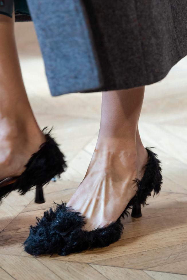 Главная покупка сентября: Самые стильные туфли осени 2020-Фото 11