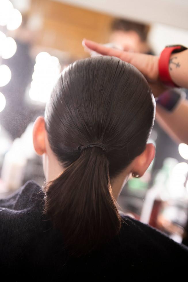 Убрать лишнее: Особенности самой модной укладки осени 2020-Фото 3