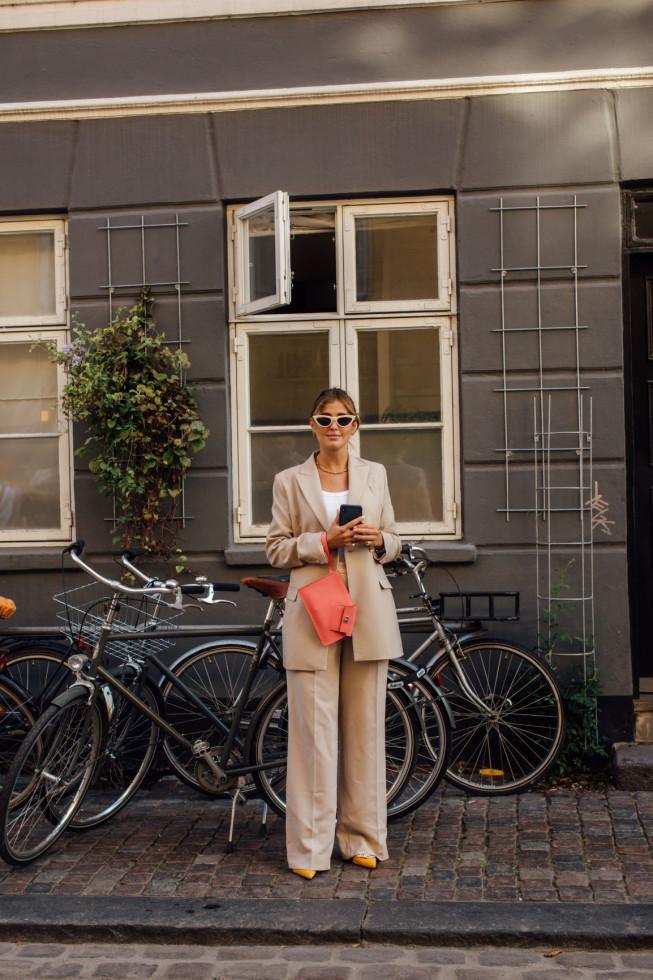 5 золотых правил базового гардероба, которые больше не действуют-Фото 4