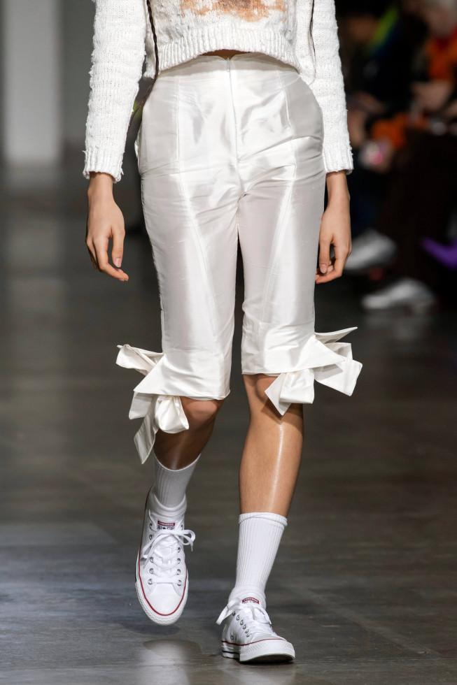 Легкий шаг: 9 самых модных моделей кроссовок 2020 года-Фото 3