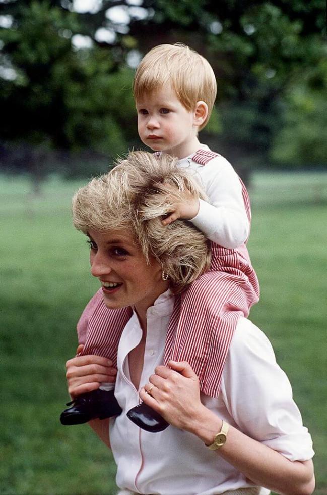 О чем жалеют принцы: Гарри рассказал, что не успел сказать матери в последнем разговоре-Фото 2