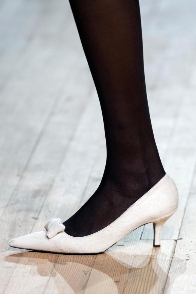 Главная покупка сентября: Самые стильные туфли осени 2020-Фото 7