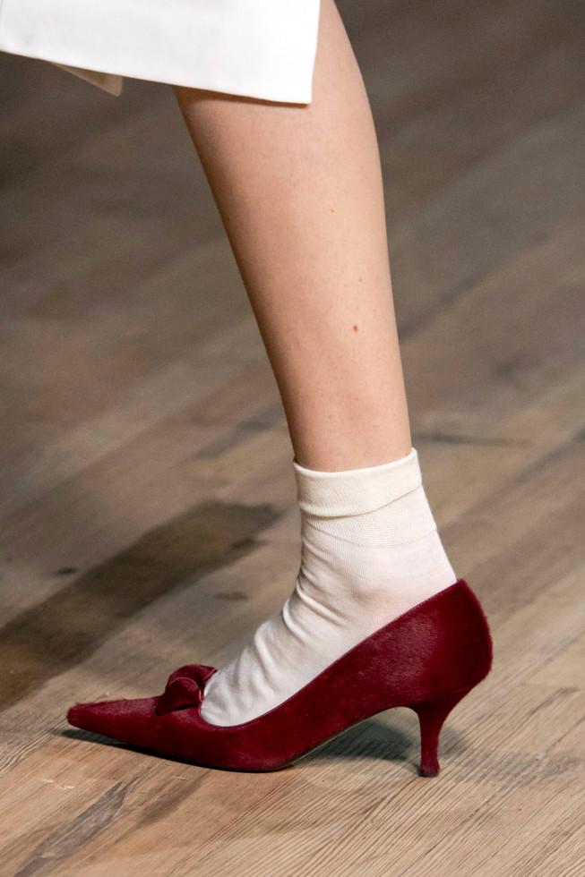Главная покупка сентября: Самые стильные туфли осени 2020-Фото 8