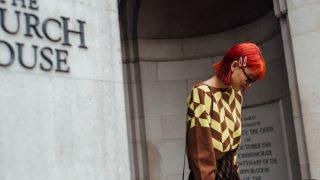 Тренд с характером: 10 актуальных «орнаментальных» свитеров осени 2020-320x180