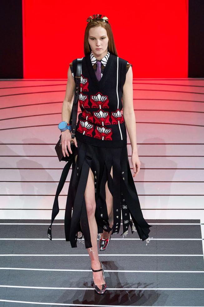 Микротренд: Деталь осеннего образа, которая выведет вас в лидеры fashion-гонки-Фото 7