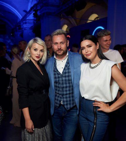 На відкритті Ukrainian Fashion Week був представлений портрет телезірки Людмили Барбір-430x480