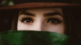 Очи жгучие: Выбираем идеальную тушь по форме кисточки-320x180