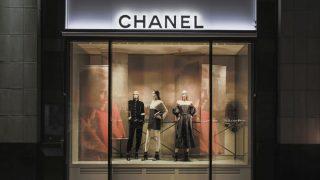 Возвращение легенды: Chanel открывает обновленный бутик в Киеве-320x180