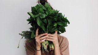 Главные продукты питания для здоровой кожи лица-320x180