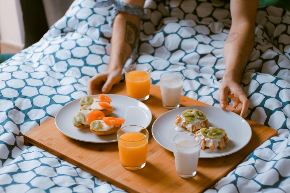 Здоровое утро: как правильно начать свой день, чтобы выглядеть безупречно-Фото 7