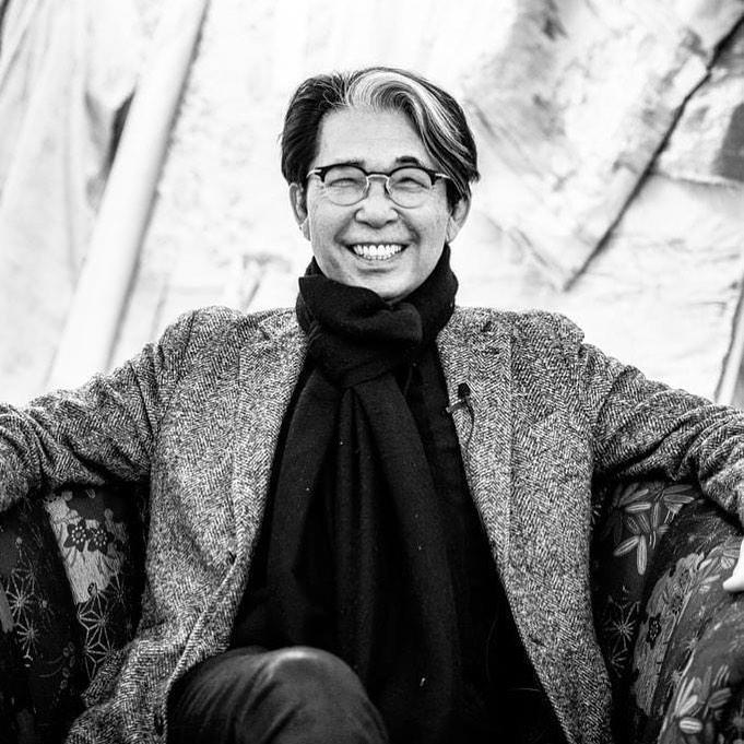 Жертва COVID-19: В возрасте 81 года умер легендарный кутюрье Кензо Такада-Фото 2