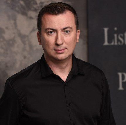 Мужчина говорит: Автор «Студии-Квартал-95» Валерий Жидков-430x480