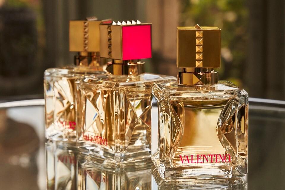 Сила голоса: Новый аромат VALENTINO VOCE VIVA — о смелости мечтать и свободе-Фото 1