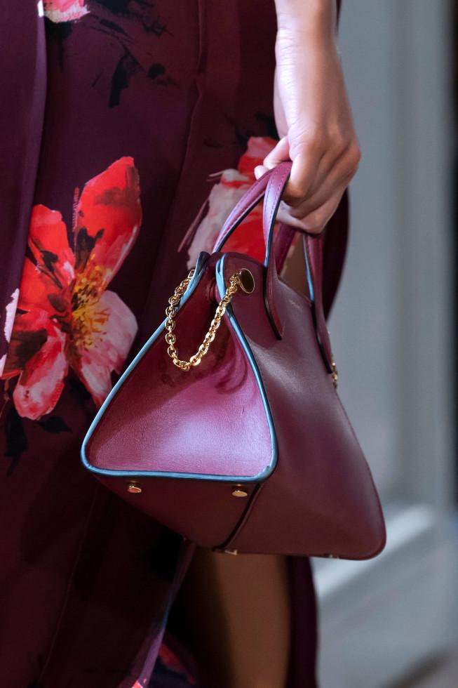 Назад в будущее: Винтажные сумки — самый модный аксессуар осени 2020-Фото 5