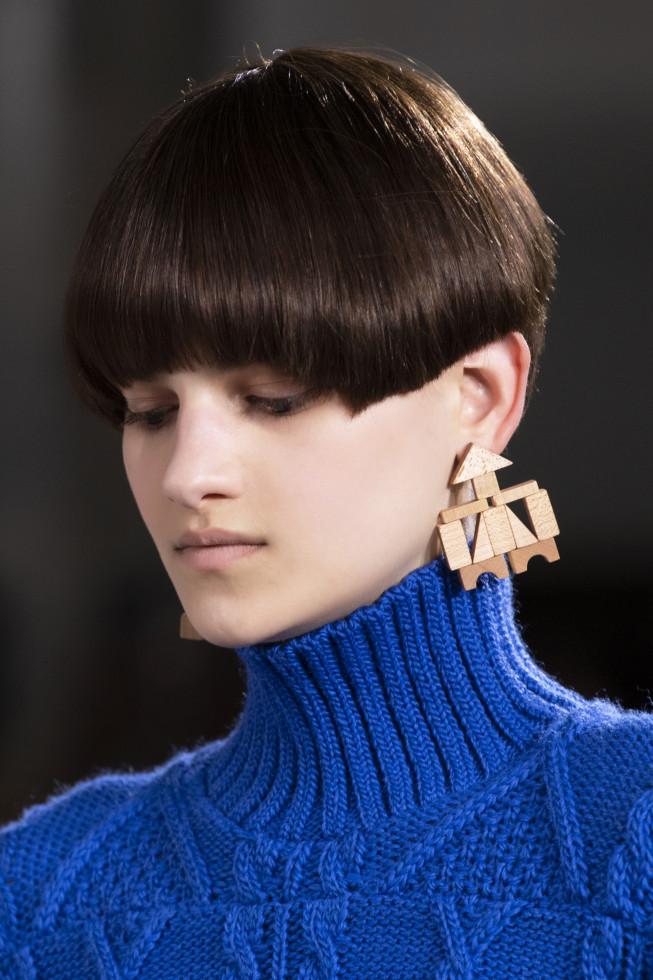 Моносерьга из осенне-зимней коллекции 2020/21 бренда Anrealage