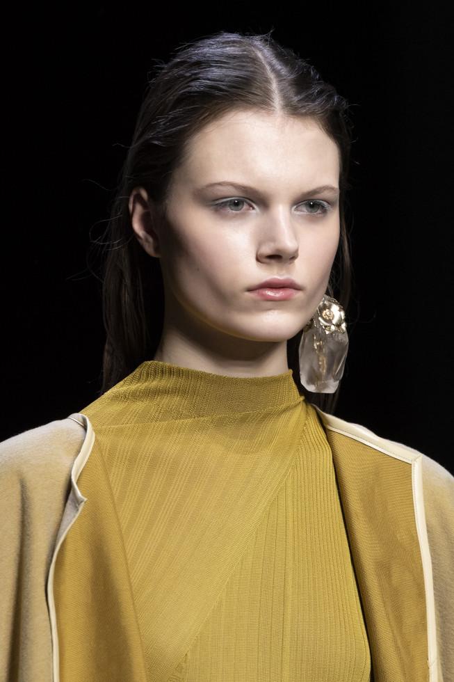 Моносерьга из осенне-зимней коллекции 2020/21 бренда Anteprima