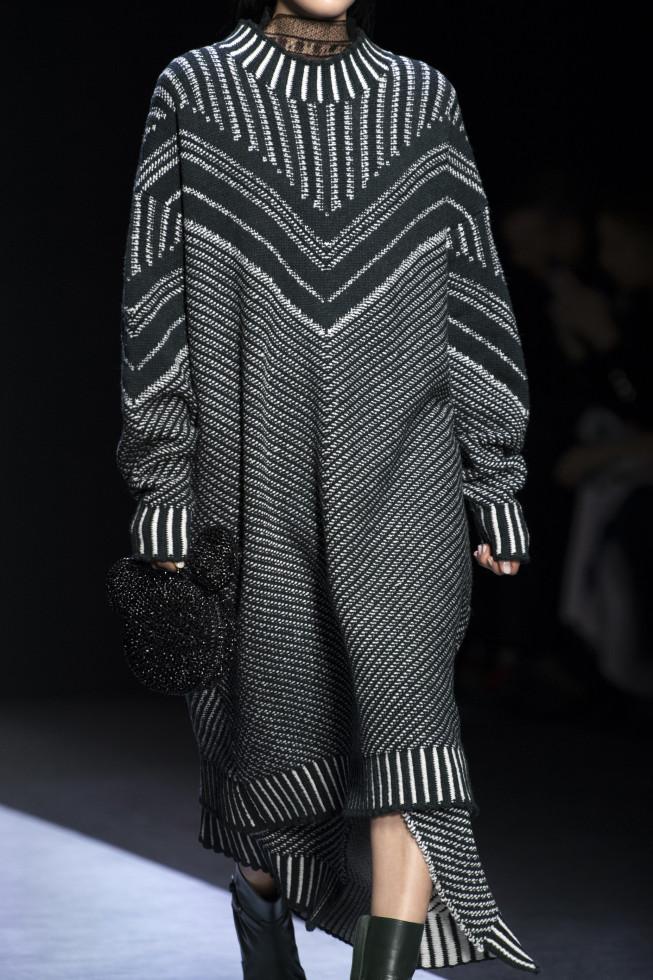 """Тепло наших тел: Самое модное платье осени 2020 с пометкой """"для дождливых дней""""-Фото 2"""