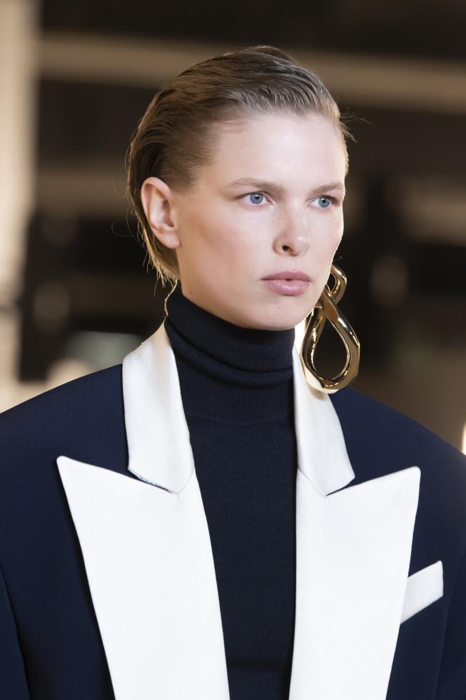Моносерьга из осенне-зимней коллекции 2020/21 бренда Balmain