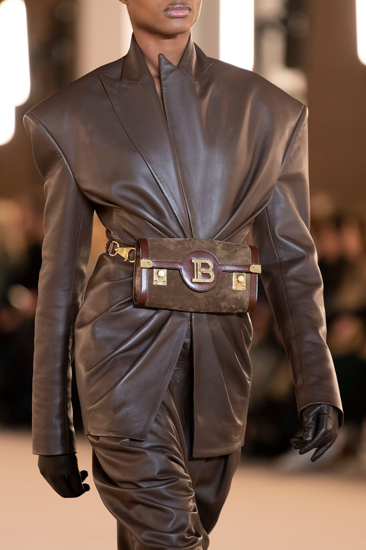 Четкий план: 10 вариаций самого модного пиджака осенне-зимнего сезона 2020/21-Фото 11