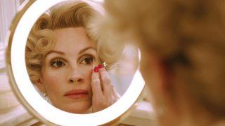 Не просто красотка: 10 самых стильных кинообразов Джулии Робертс-320x180