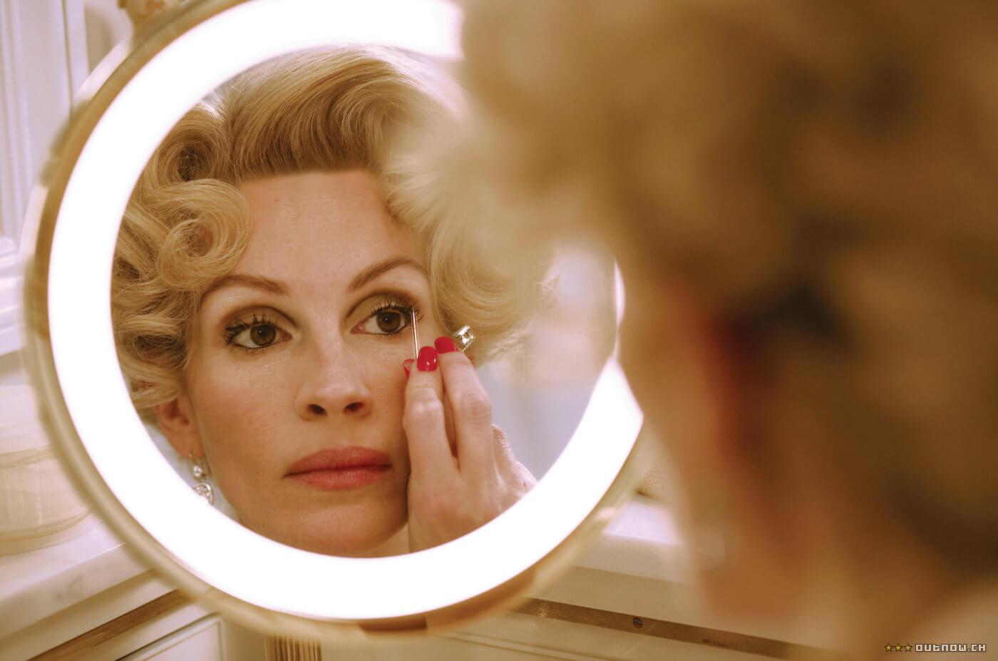 Не просто красотка: 10 самых стильных кинообразов Джулии Робертс-Фото 1
