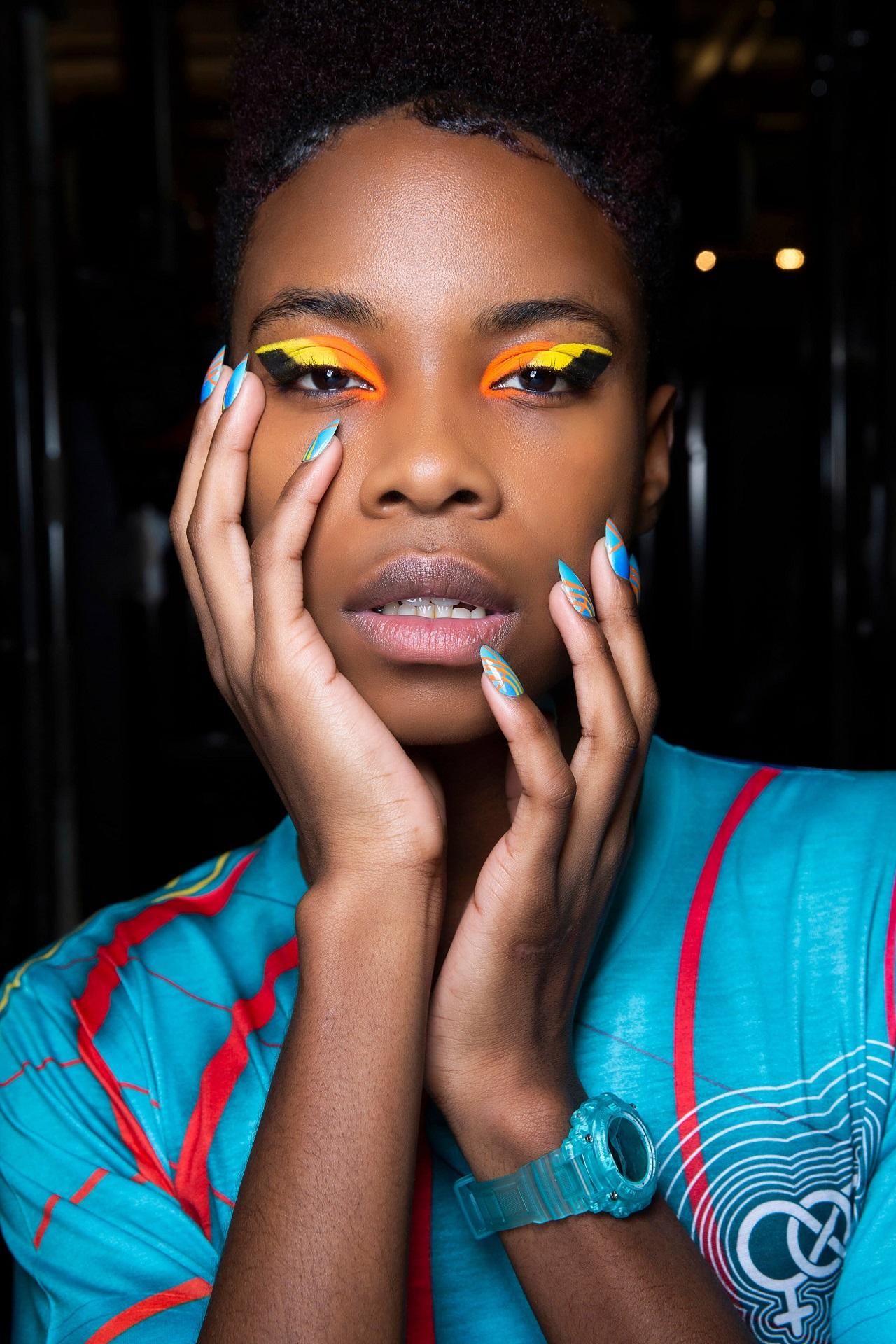 Подиумные тенденции: 10 модных дизайнов маникюра 2021 года-Фото 4