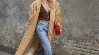 Городские законы: 7 самых модных комбинаций с джинсами сезона осень-зима 2020/21-320x180