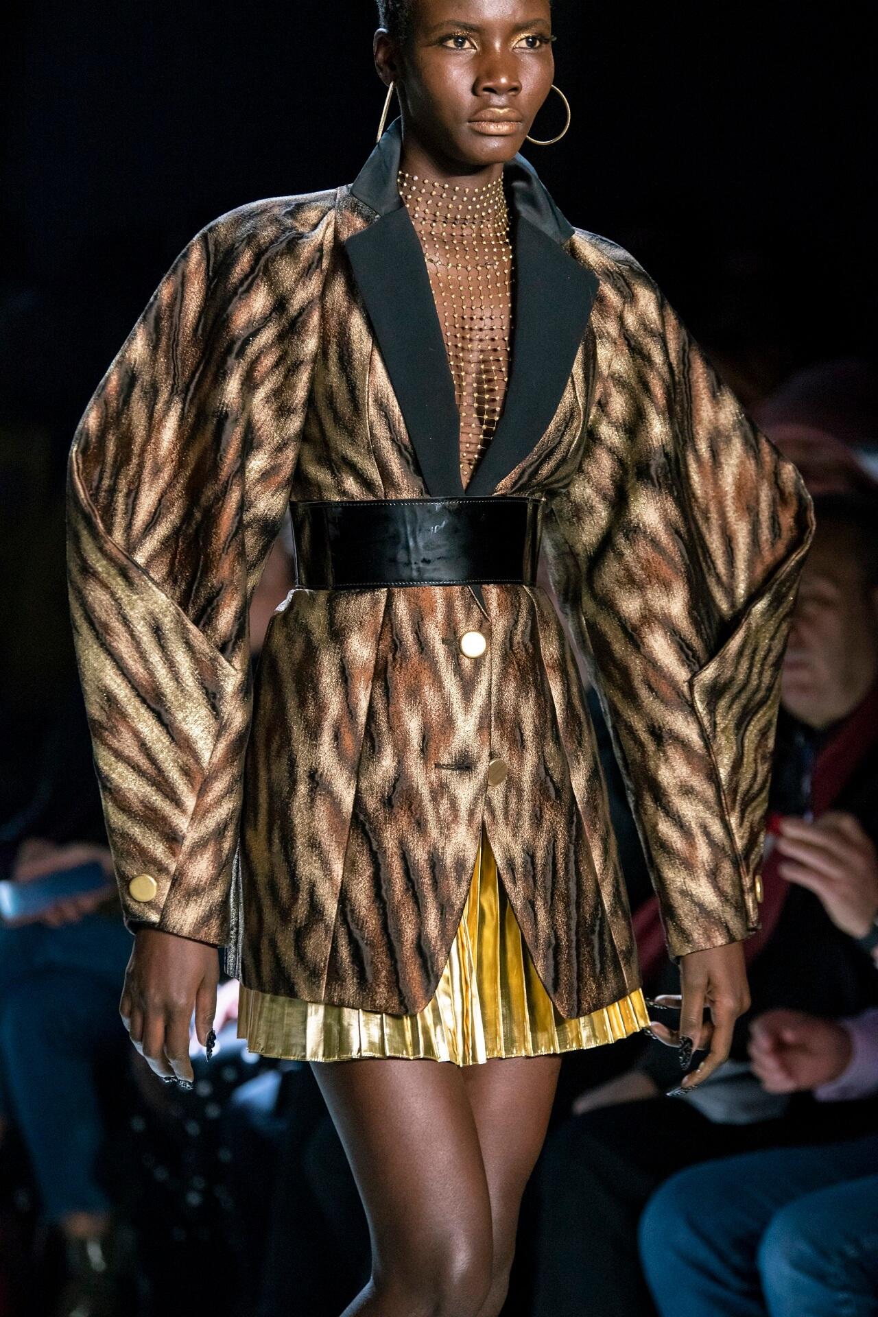 Четкий план: 10 вариаций самого модного пиджака осенне-зимнего сезона 2020/21-Фото 2