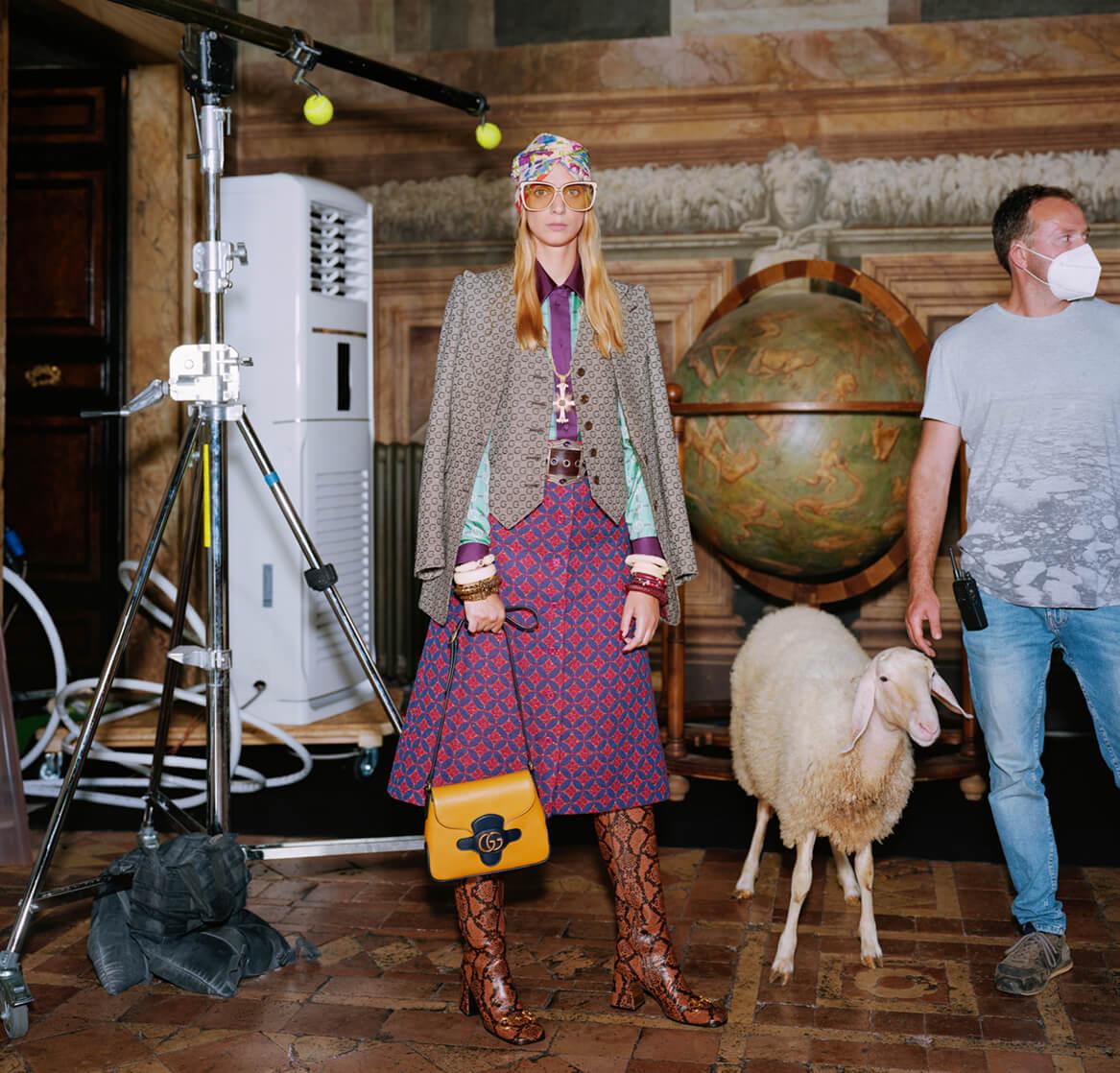 Что определяет моду: Gucci представил Эпилог своей истории о магии fashion-мира-Фото 2