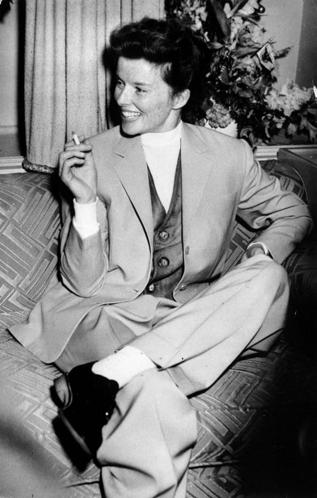 Кэтрин Хепберн в мужском брючном костюме