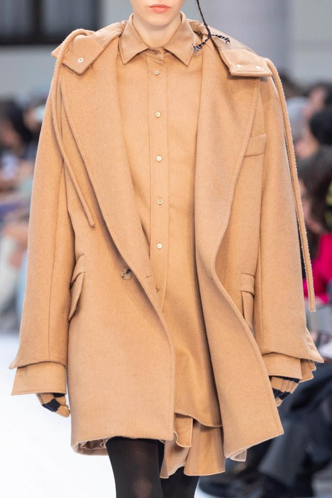 Обнаженные души: Вечно модное осеннее пальто, и его 7 актуальных ипостасей 2020 года-Фото 7