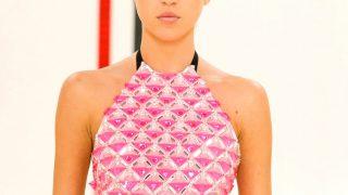Дикая выходка: Шрам на брови — главный beauty-акцент Недели моды в Париже-320x180