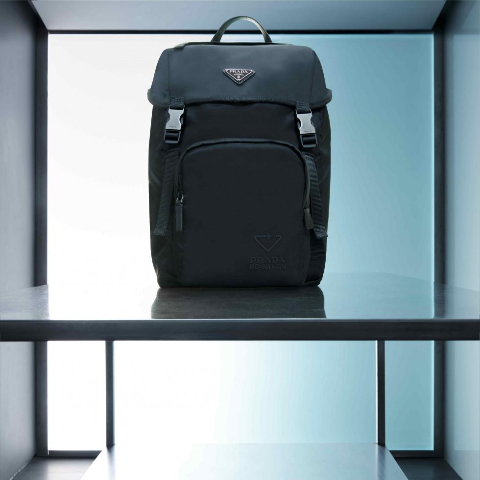 Инновационный подход: Prada расширяет свою коллекцию из нейлона-Фото 5