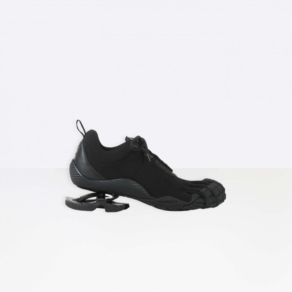 BALENCIAGA и VIBRAM представили новую модель вязанных кроссовок с пальцами-Фото 2