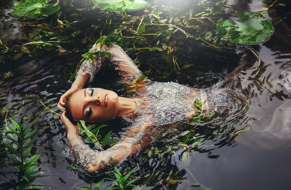 Міфи про осінній макіяж: Якою має бути косметика для холодної пори року-Фото 1
