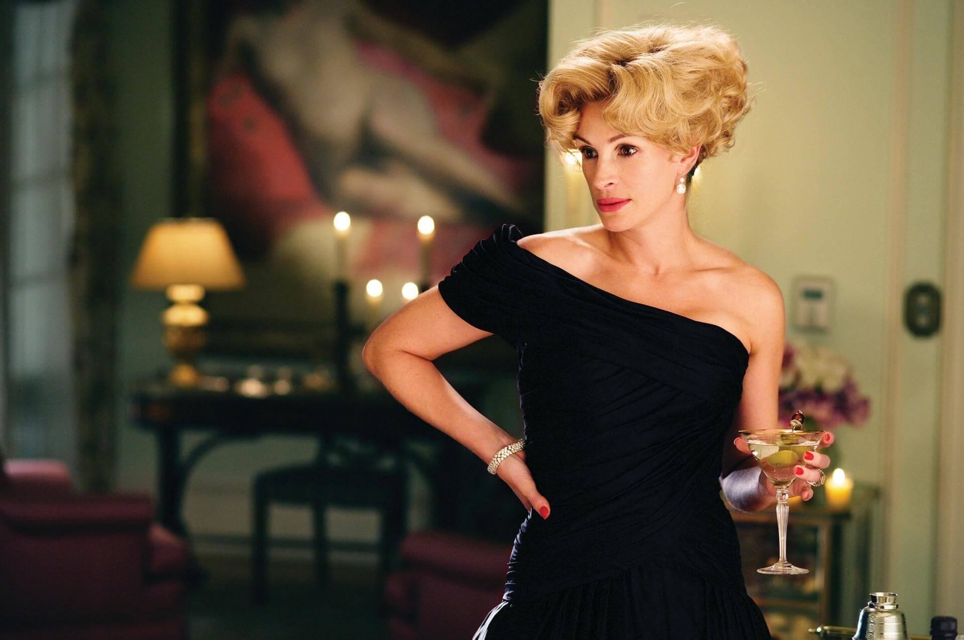 Не просто красотка: 10 самых стильных кинообразов Джулии Робертс-Фото 7