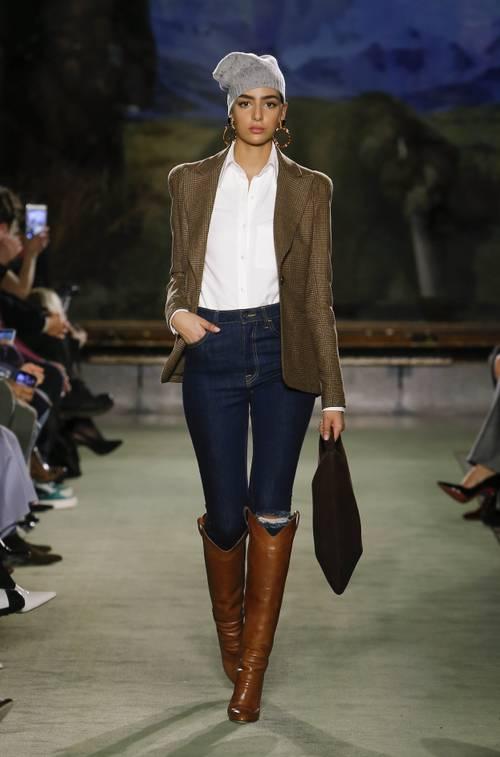 Городские законы: 7 самых модных комбинаций с джинсами сезона осень-зима 2020/21-Фото 7