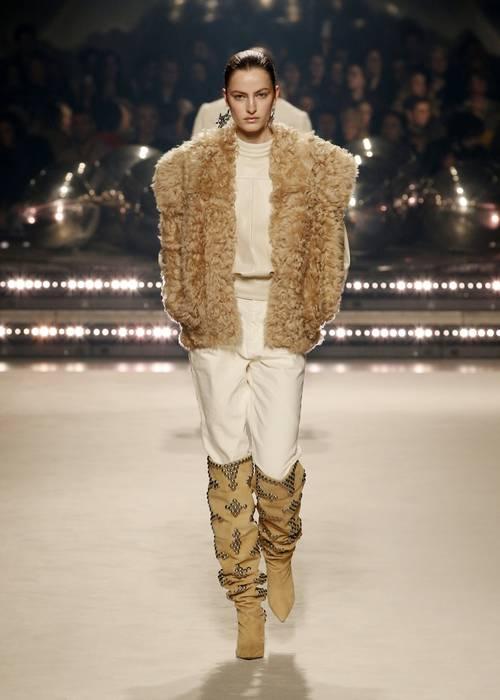 Городские законы: 7 самых модных комбинаций с джинсами сезона осень-зима 2020/21-Фото 9