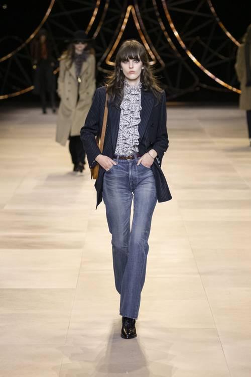 Городские законы: 7 самых модных комбинаций с джинсами сезона осень-зима 2020/21-Фото 3