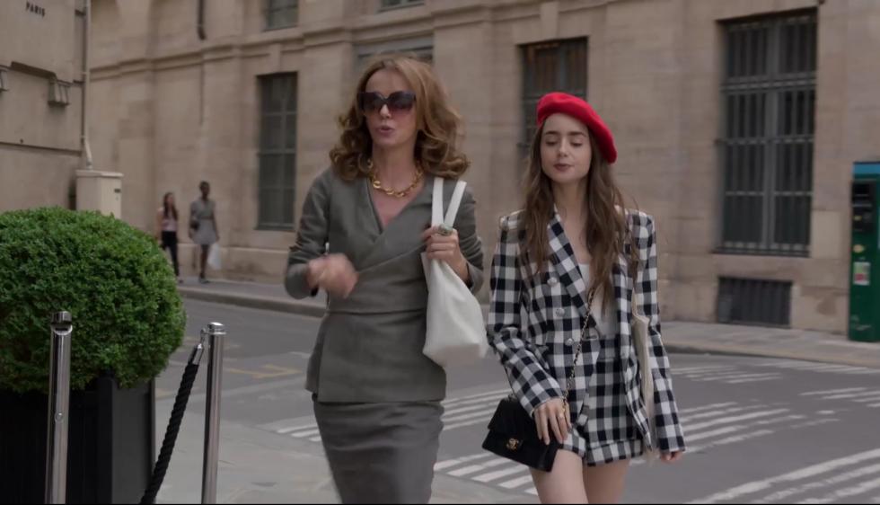 """США vs. Франция: 7 ключевых модных приемов главной героини """"Эмили в Париже""""-Фото 3"""