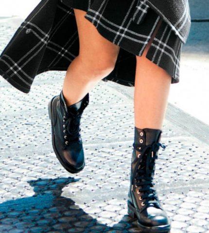 Байкерский подряд: Самые модные ботинки сезона осень-зима 2020-430x480