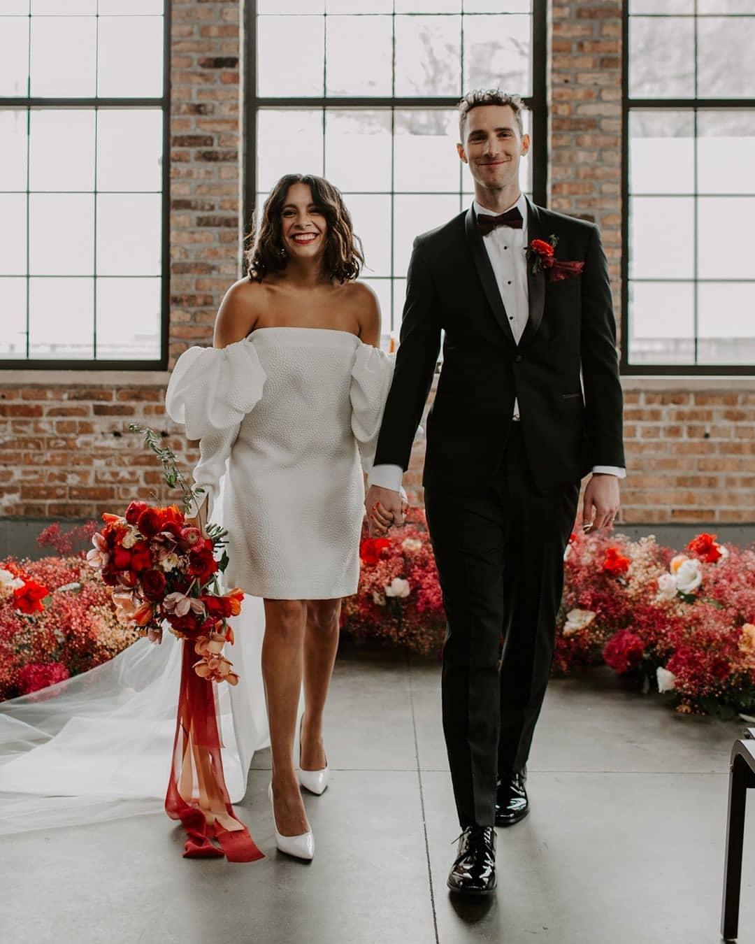 Вечные ценности: 10 трендов свадебной моды 2021 года-Фото 2