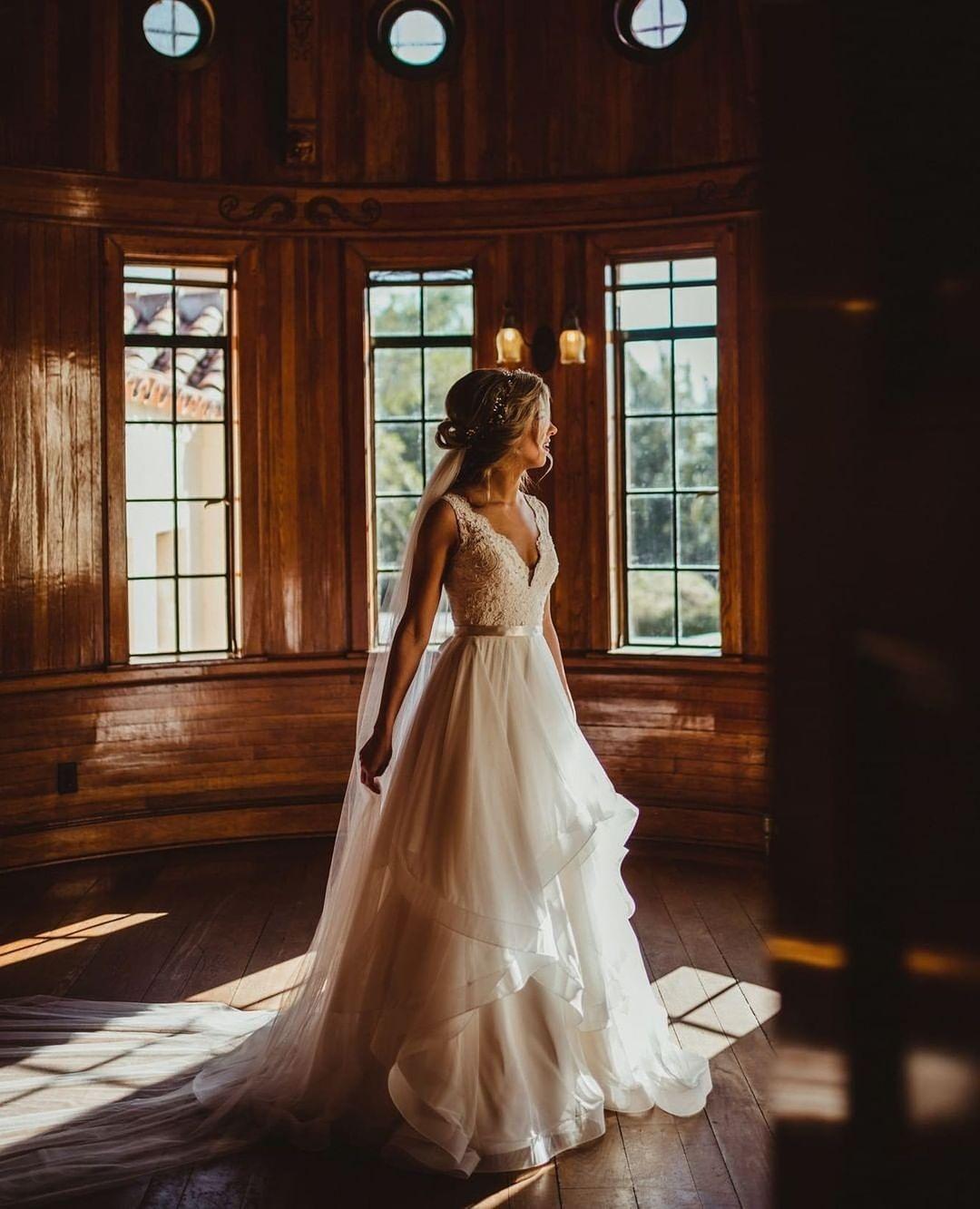 Вечные ценности: 10 трендов свадебной моды 2021 года-Фото 11