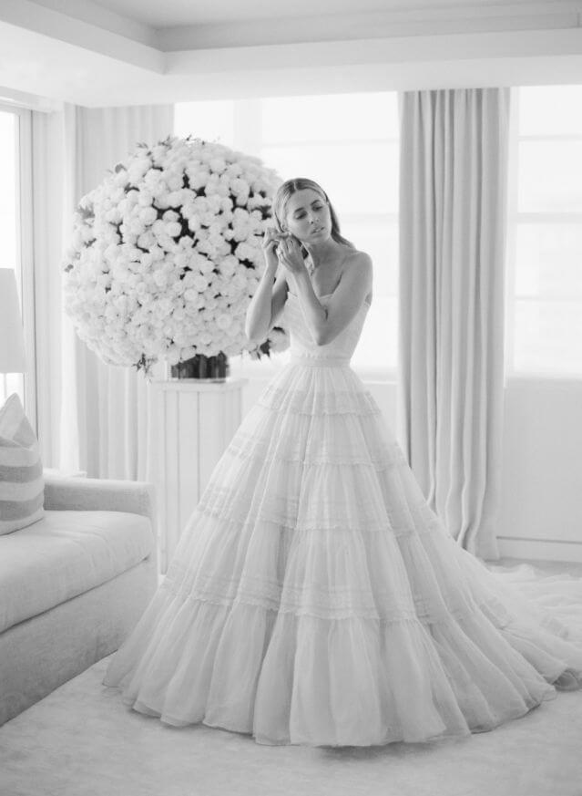 Еще одна из клана Кеннеди: Внучатая племянница экс-президента США вышла замуж в винтажном платье-Фото 3