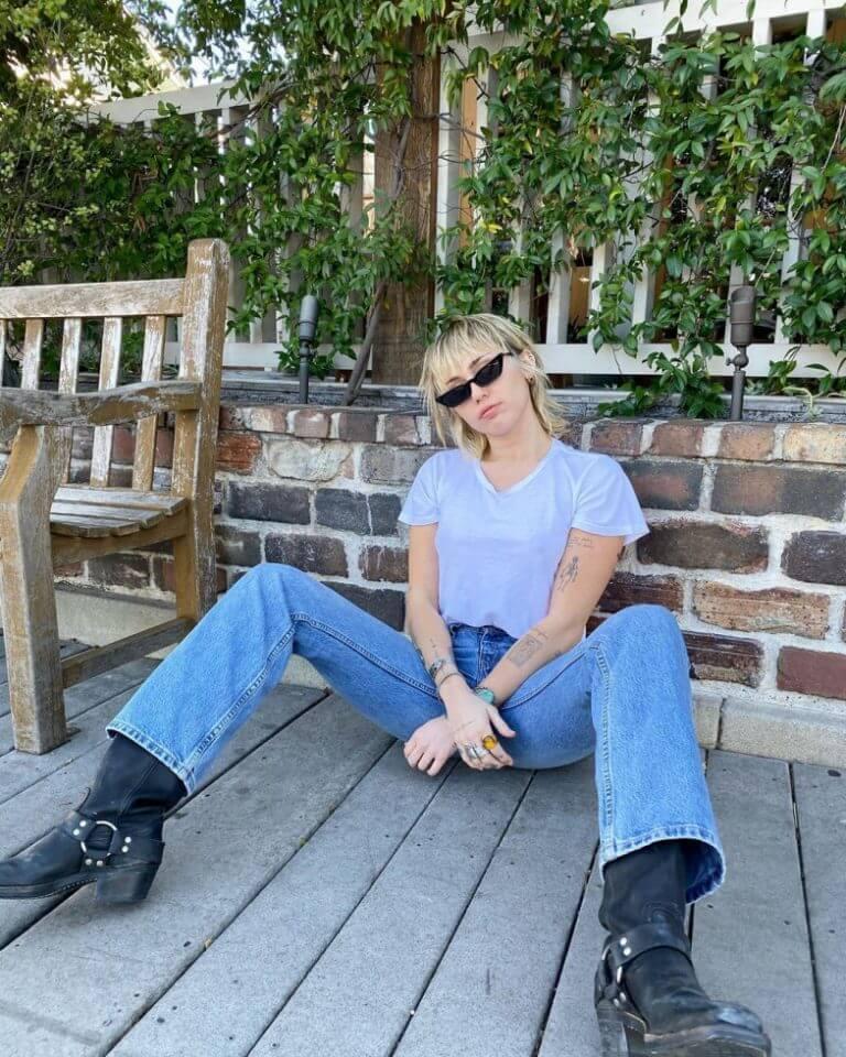 МайлиСайрус впервые рассказала, как пережила расставание сЛиамомХэмсвортом-Фото 3