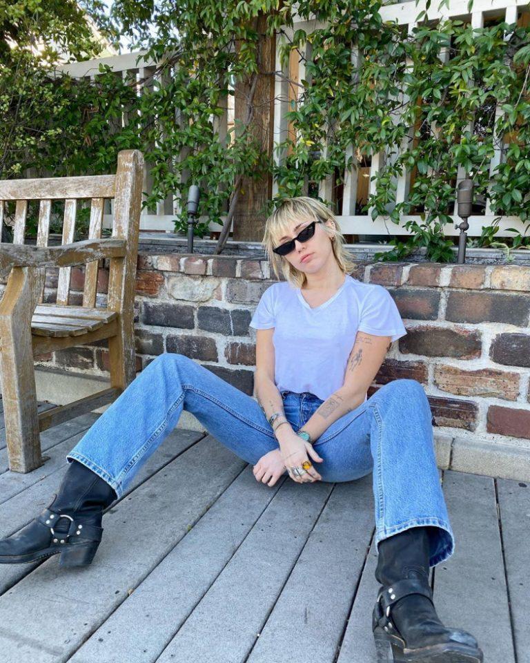 МайлиСайрус рассказала, как ей удалось побороть алкогольную зависимость-Фото 1